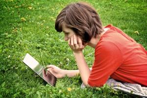 ungdom leser